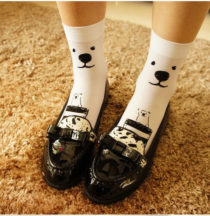 萌翻的手绘短袜子
