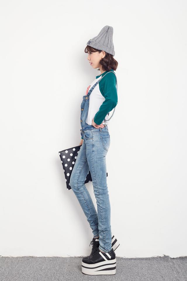 修身背带牛仔裤-来自蘑菇街优店