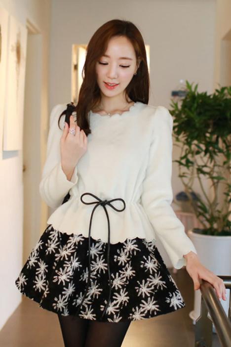 韩风衣尚 新款毛呢套装 来自蘑菇街优店