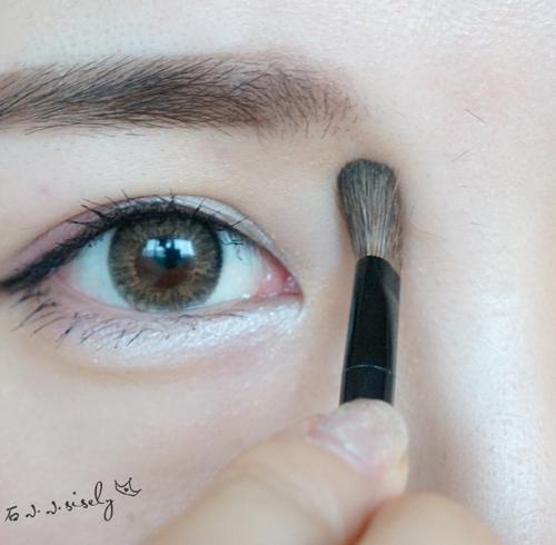 超详细的韩式平眉画法解析