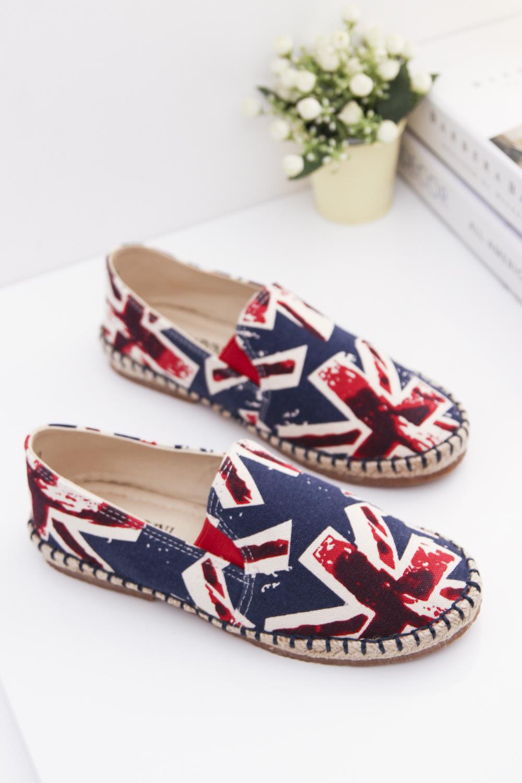 英伦风印花帆布鞋