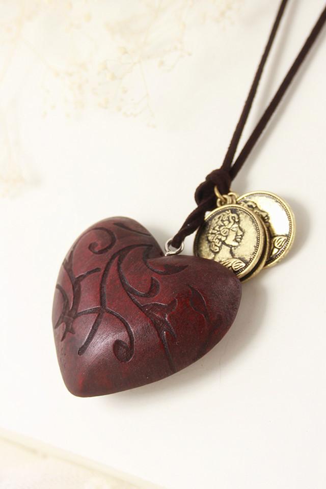 木质复古爱心项链
