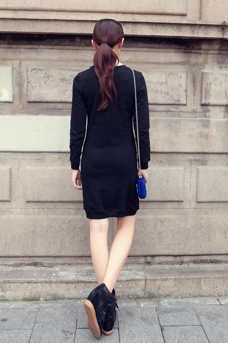 卫衣款连衣裙