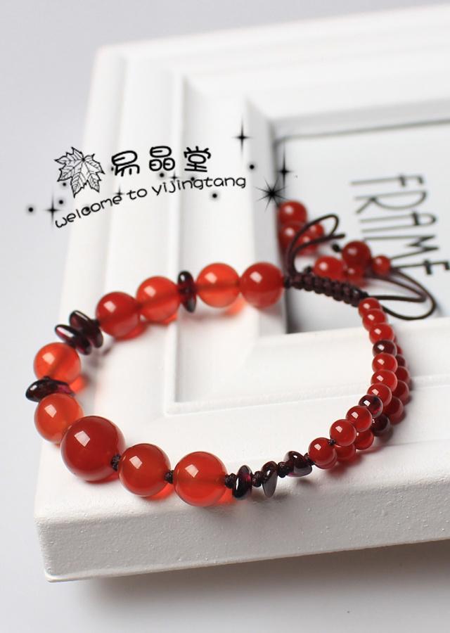 纯手工编制 款式也是今年最流行的 珠子饱满有质感 新颖的双层玛瑙