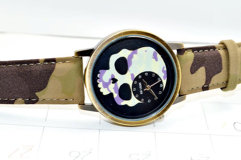 新款可爱骷髅头皮带手表