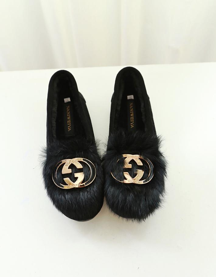 冬季新款黑色真皮内加绒豆豆鞋