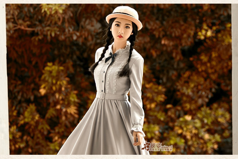 蕾丝花边大摆连衣裙