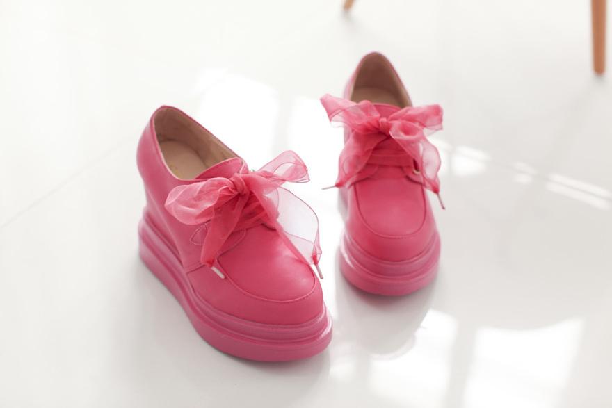 甜美洛丽塔坡跟蝴蝶结短靴