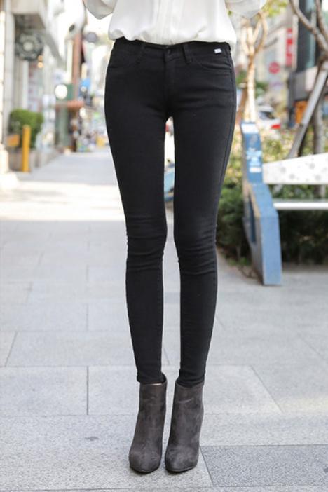 牛仔裤-来自蘑菇街优店