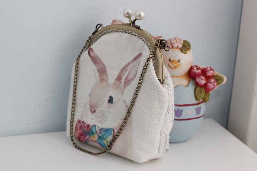 复古手工手绘插画兔子蕾丝包包