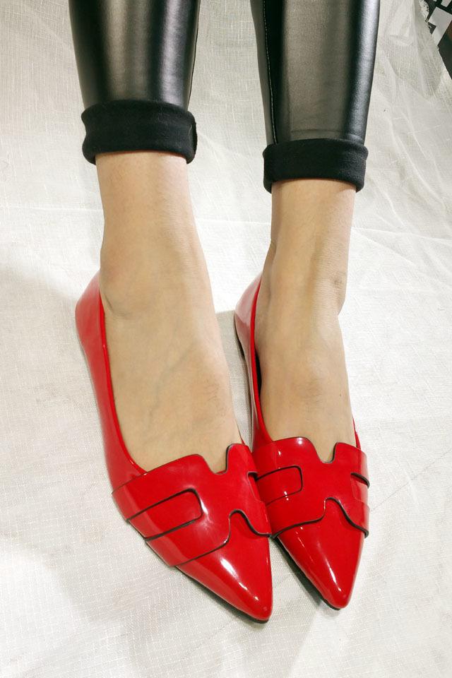 系鞋的方法步骤图片