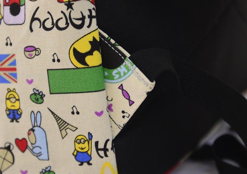 韩版小铺街头风卡通可爱双肩包