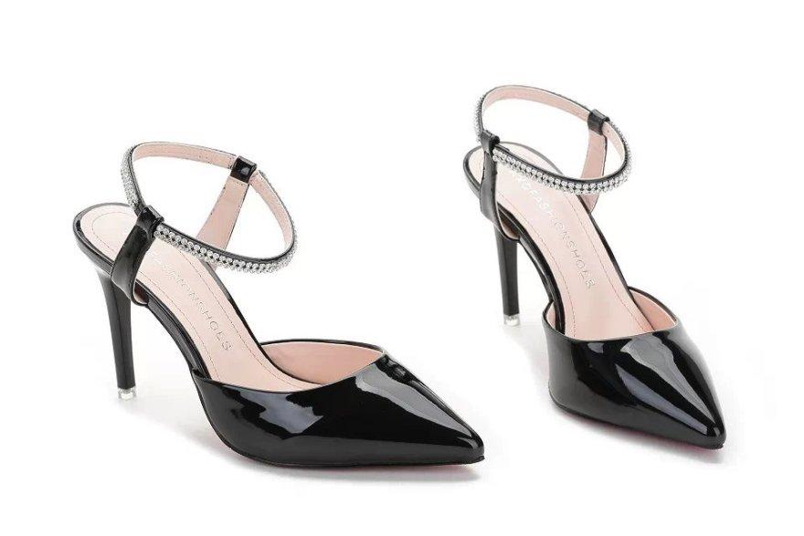 公主高跟鞋简笔画分享展示