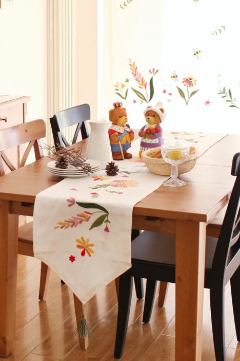 欧式茶几桌旗搭配图片欣赏