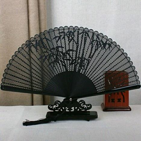 一品兰全竹扇子雕刻镂空古风折扇高档女扇日式工艺礼品中国风扇子