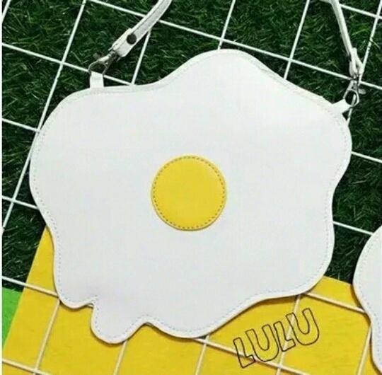 韩国ulzzang荷包蛋包包~~~~真是可爱~~随机有小礼物赠送哦   【包邮哦