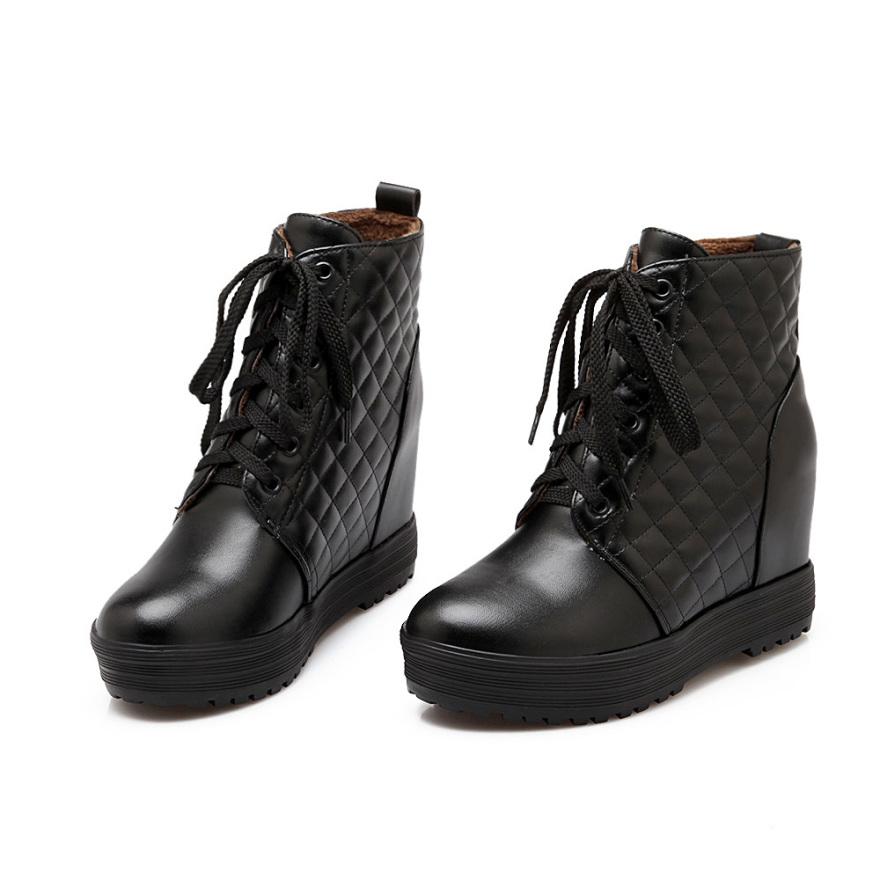 【《洛丽塔》英伦系带拼接平底短筒靴】-鞋子-靴子